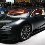 世界最速のスーパーカー:ブガッティと開発競争