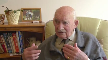89-year-old looking for work because he's 'dying of boredom'