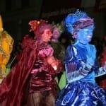 参加して、見て楽しい「ハロウィン・パレード」