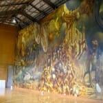 世界最大の油彩画:上下左右に鏡で幻想空間を演出