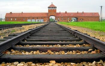 アウシュヴィッツ・ビルケナウ ドイツの強制・絶滅収容所 / Wikipedia