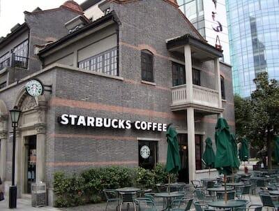 Starbucks Xintiandi / Sabrina & Brad