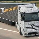 ダイムラー、世界初の自動運転トラック(Future Truck 2025)