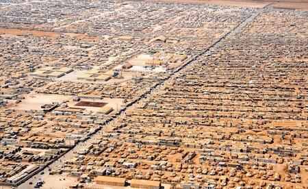 ザータリ難民キャンプ(Zaatari refugee camp)/ Wikipedia