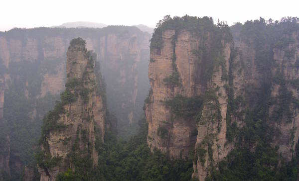 Photograph of Yangjiajie in Zhangjiajie National Forest Park in China./ Wikipedia