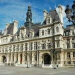 パリ市、テロ事件による観光客減少から復活へ