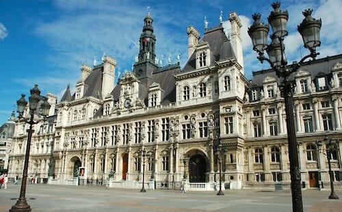 パリ市庁舎 / Wikipedia