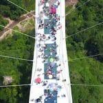 張家界大峡谷ガラス橋、訪問客過多で閉鎖